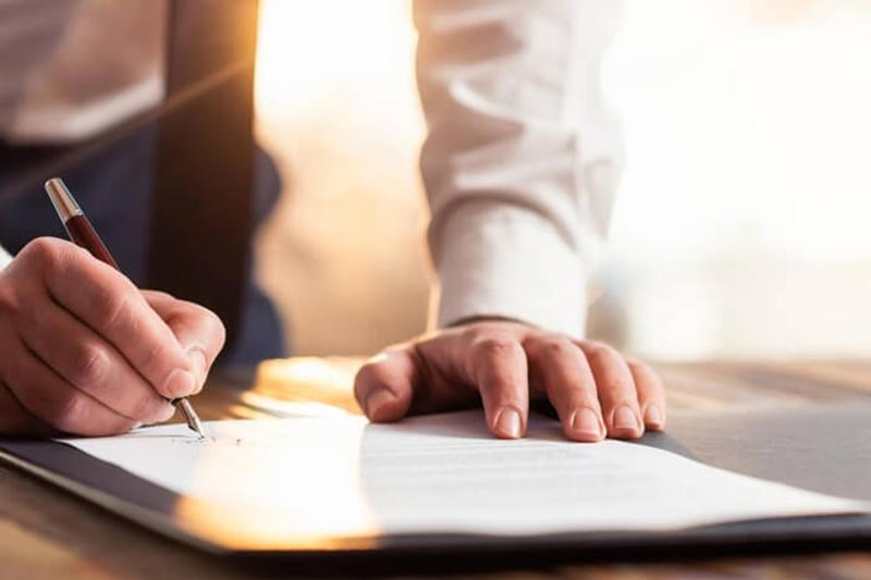 Sử dụng hợp đồng tín dụng để thực hiện vay tín chấp