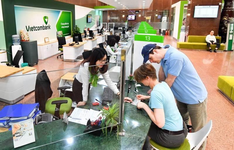 Đến phòng giao dịch/chi nhánh để được cấp lại số tài khoản